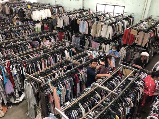 ขายส่งเสื้อผ้ามือสองราคาถูก