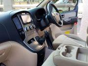รถเช่าพร้อมคนขับ hyundai h1
