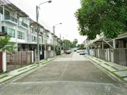 ขายทาวโฮม 3 ชั้น โครงการบ้านใหม่ คู้บอน 28 ขนาด 21 ตารางวา 3 ห้องนอน 3 ห้องน้ำ
