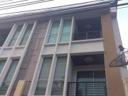 ขาย-เช่าบ้านทาว์โฮม3 ชั้น บ้านใหม่พร้อมอยู่ โครงการ บ้านกลางเมืองสาทร
