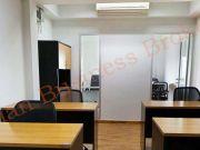 0149027 ให้เช่าสำนักงานสำหรับ 8 คน พร้อมด้วยห้องประชุมและห้องผู้จัดการ ที่ทองหล่อ