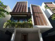 ขายบ้านเดี่ยว 4 ชั้น อาณา เอกมัย Arna Ekamai ขนาด 50 ตรว Luxury ใจกลางสุขุมวิท ย่านทองหล่อเอกมัย
