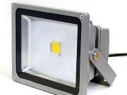 LED Floodlight 10w 300บาท