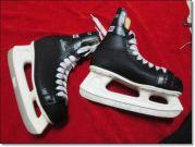 รองเท้าสเก็ตน้ำแข็งมือสองสภาพดี มีรวมร้อยกว่าคู่ ราคาไม่แพง คุณภาพสูง