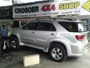 โช๊คอัพรถ Toyota Fortuner by Shock Profender
