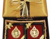 ของขวัญผู้ใหญ่ ของขวัญเกษียณอายุ เข็มกลัดในหลวงราชินี พร้อมกล่องผ้าไหม