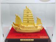เรือสำเภาจำลอง ของขวัญมงคล เสริมฮวงจุ้ย ทองพ่นทราย 9999