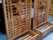 กระถางพร้อมแผงหลังทำจากไม้สัก ลวดลายสวยงาม