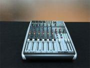 BEHRINGER XENYX Q1204USB Mixer เครื่องผสมสัญญาณเสียง มิกเซอร์อนาล็อค