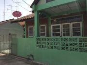 ขายทาวเฮ้าส์ในตัวเมืองสุพรรณบุรี สภาพใหม่ ราคาถูก